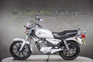 Yamaha YBR (YR15 PXP)