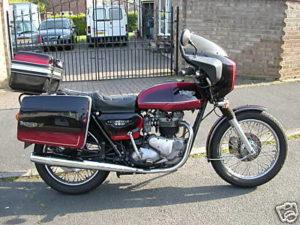 Triumph Bonneville (MED 593W)