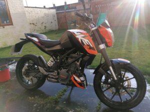 KTM Duke (LS66UOD)